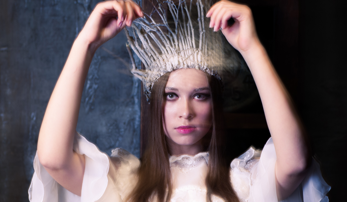 10 Signs You're A Powerful White Witch